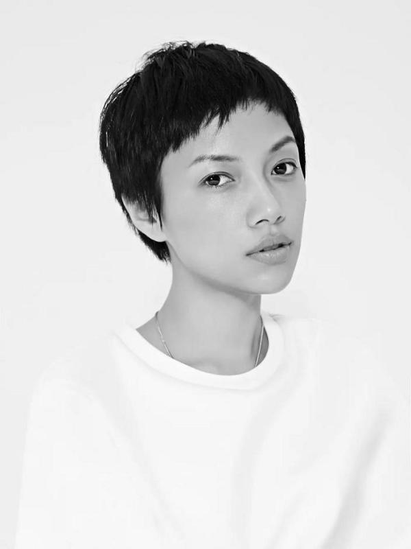 新锐设计师何佳妮Sary He:个性、时尚、哲学、生活融于一体